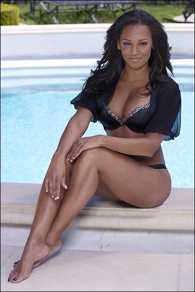 Melanie Brown - 28